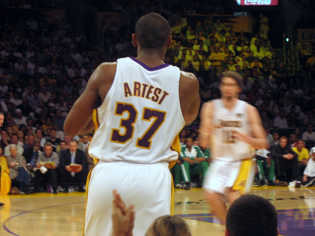 lakers-artest